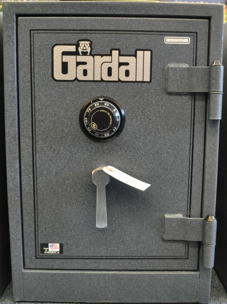 Gardall 1818 closed
